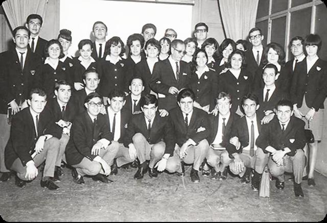Creación de la Escuela Mexicana de Turismo.