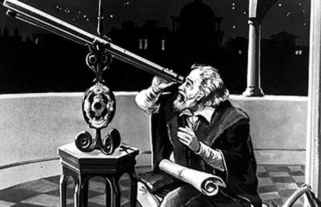Se emplea el telescopio para observar el cielo