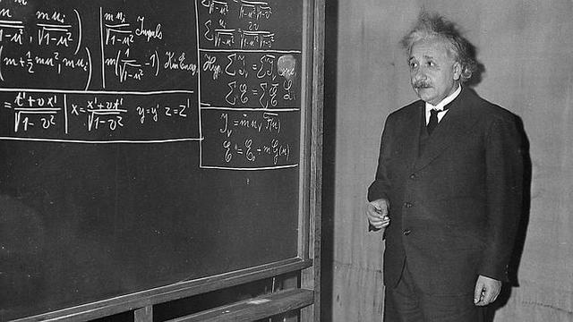 Albert Einstein. Uno de los cientificos mas importantes de la Historia.