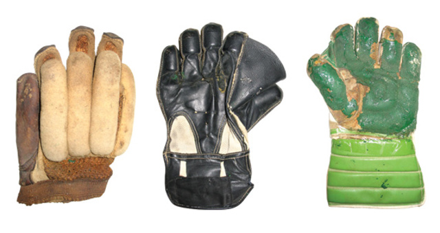 Wicket Keeping Gloves first used