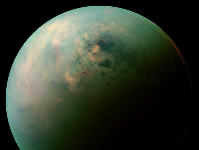 Huygens descubrió Titan, la mayor de la lunas de Saturno.
