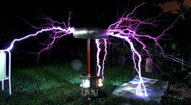 Descubrimiento del electromagnetismo.