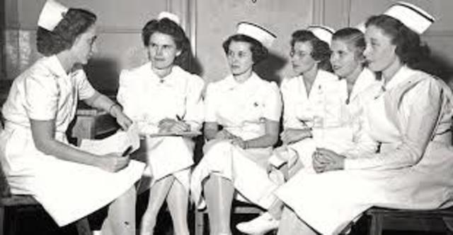 Se preparan enfermeras con énfasis en salud pública