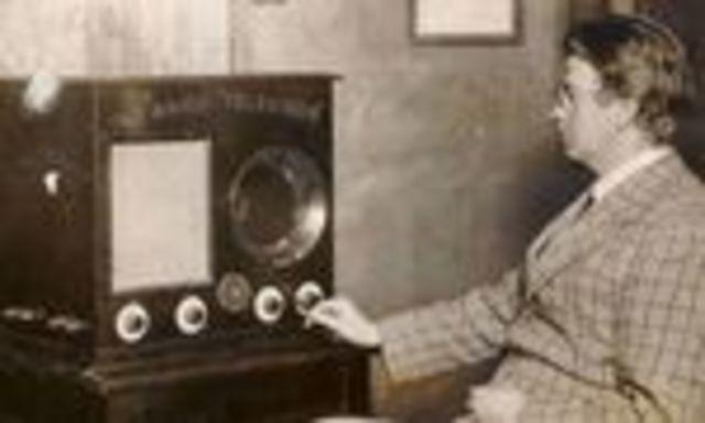 TELEVISIÓN- PRIMER TV MECÁNICO