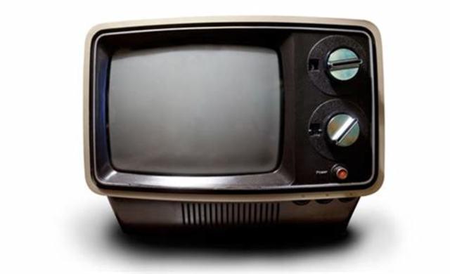 TELEVISIÓN- PRIMER TV CON CABLE