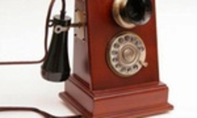 EL TELÉFONO- PUBLICO