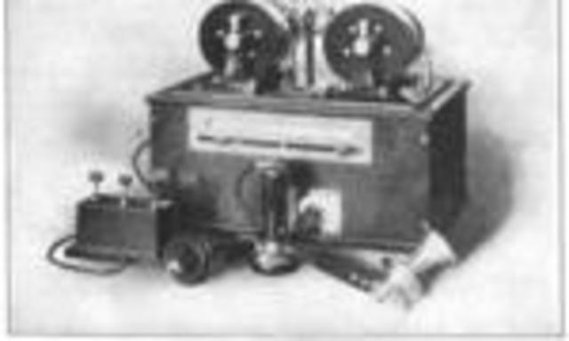 LA RADIO- PRIMERA RADIODIFUSIÓN