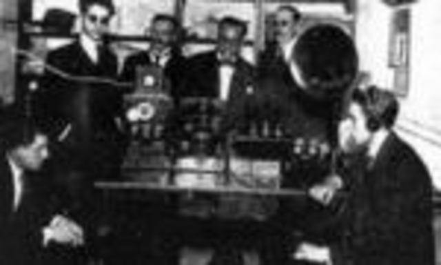 LA RADIO- TRANSMISOR