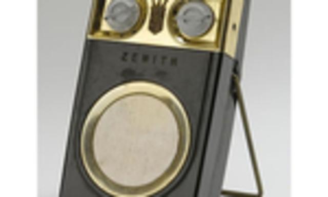 LA RADIO- TRANSISTORES