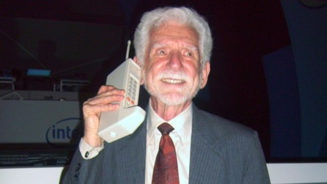 El primera llamada de celular