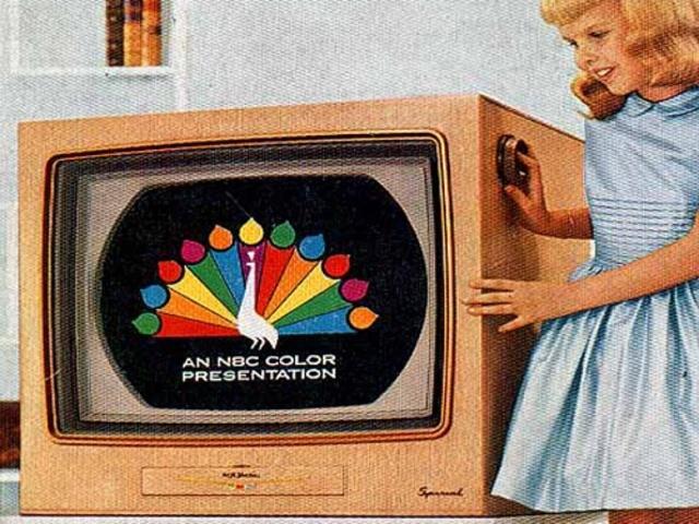 Televisión a color.