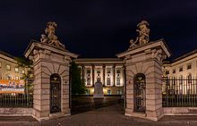 Karl August Möbius comenzó a estudiar en la Universidad Humboldt de Berlín.
