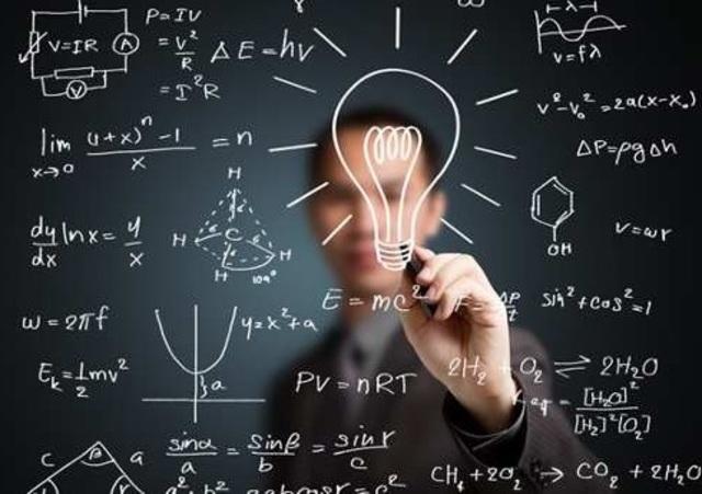 Vito Volterra realiza su doctorado en Ciencias Físicas.