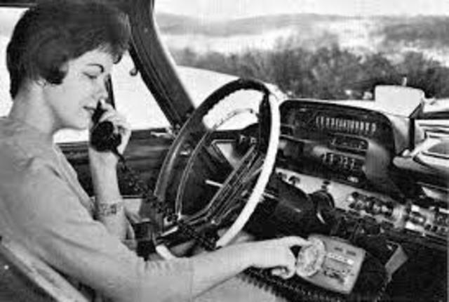 Primer Sistema Telefónico Móvil