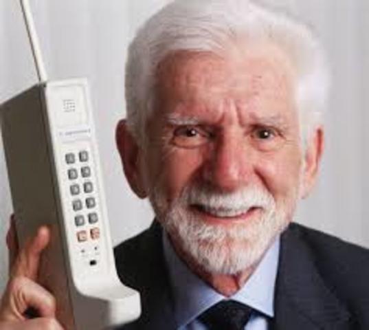 Primera llamada desde un teléfono móvil