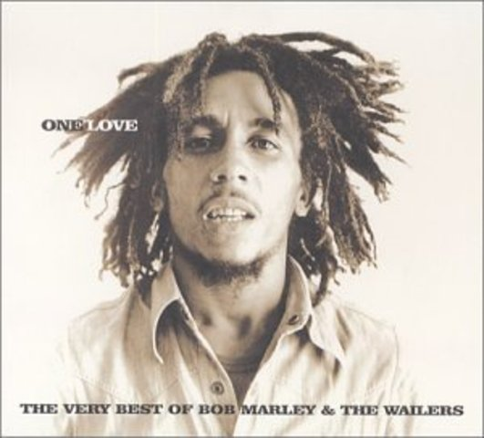 two days before the concert,gunmen shot into Marley's home injunng several people,but killing no one