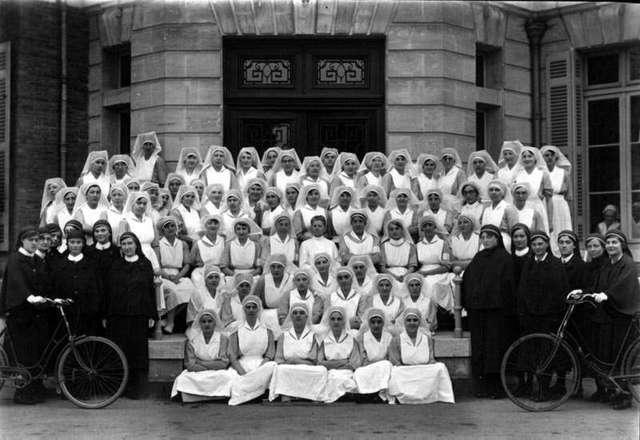 Florence Nightingale y 38 Enfermeras