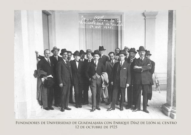 REFUNDACION DE LA UNIVERSIDAD DE GUADALAJARA