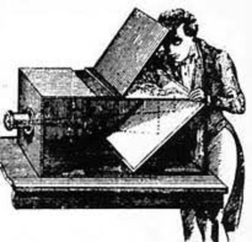 Leonardo Da Vinci Primer dibujo de la cámara oscura