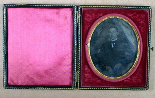 Antonie Claudet a ser nombrado retratista ordinario de la reina Victoria