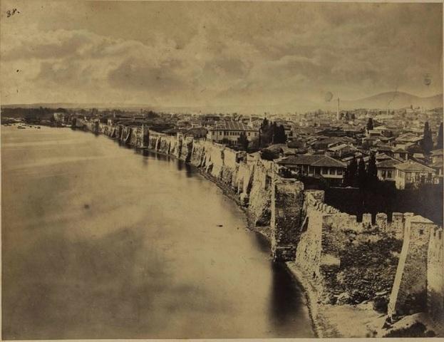 1874 Καταστροφή των τειχών