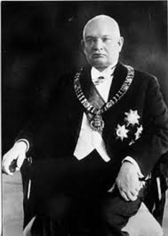 Eesti esimene presitent  Konstantin Päts