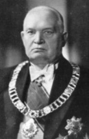 President Konstatin Päts