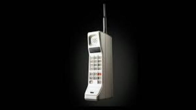 technology/cellular phone