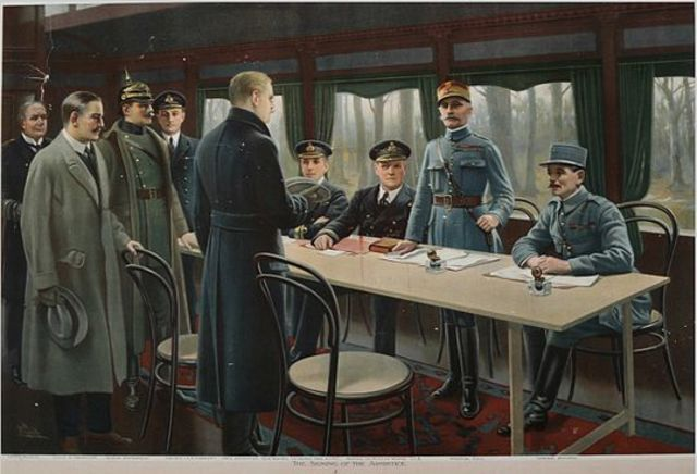 Firma del Armisticio que pone fin a la I Guerra Mundial