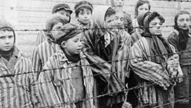 HOLOCAUST NAZI: 1941