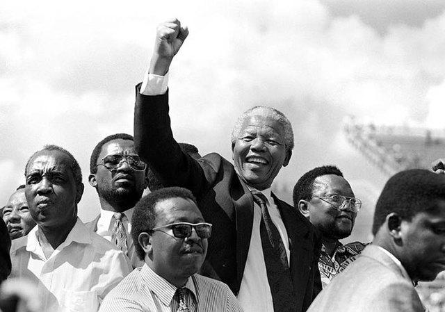 NELSON MANDELA:1994