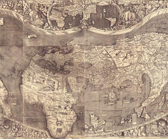 Martin Waldseemüller produce el primer mapa mundial en mostrar a América del Sur en un hemisferio separado y en utilizar el nombre de «América»