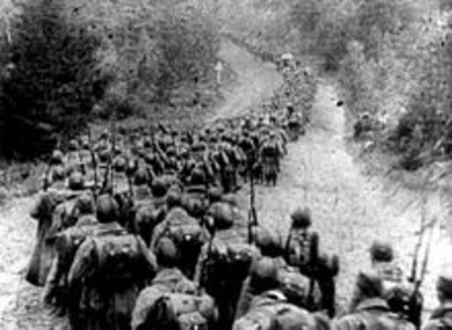Tyskland invaderer Polen