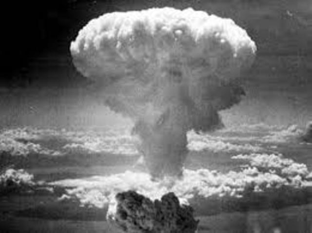 Rosa Atômica-Segunda Guerra Mundial