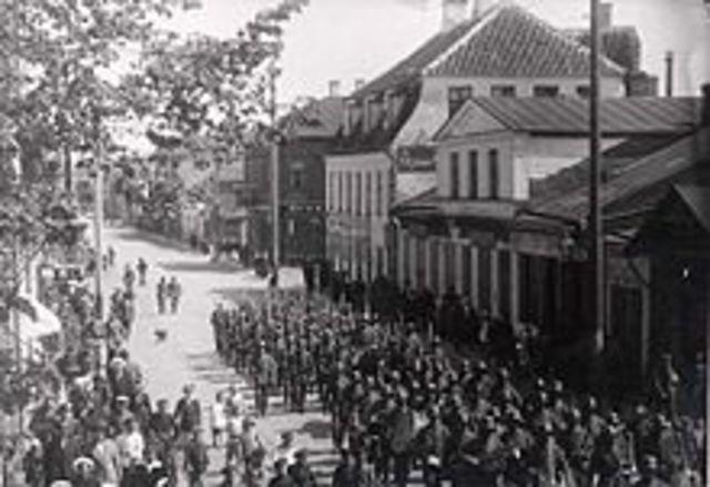 Lõppes esimene maailmasõda ja Saksa okupatsioon Eestis