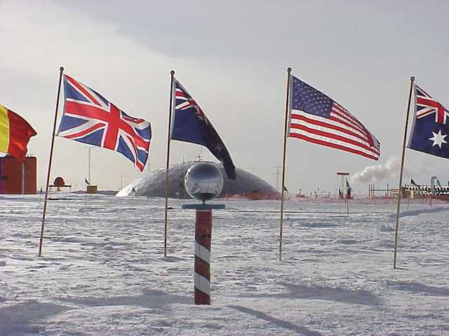 The team reach the South Pole