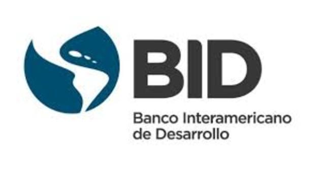 Se constituye el Banco Interamericano de Desarrollo