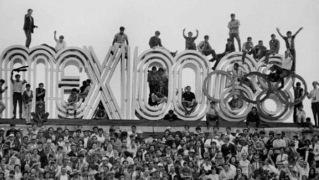 Juegos Olímpicos en México, Matanza estudiantil en Tlatelolco