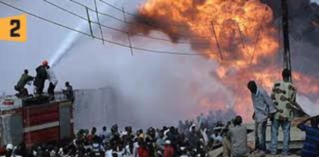 Explosión por fuga de gas en Guadalajara, 210 muertos