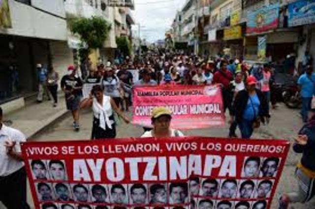 Desaparecen 43 estudiantes de ayotzinapa