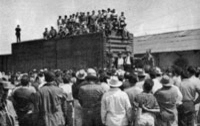MEXICO. CONFEDERACION DE ASOCIACIONES DE TRABAJADORES DE LOS ESTADOS UNIDOS MEXICANOS. Fotografía recuperada de: https://www.timetoast.com/timelines/relaciones-individuales-de-trabajo-da2f97c5-476c-489d-8c35-b8bb9111b6e7