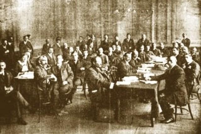 FRANCIA, SEGUNDA INTERNACIONAL. Fotografía recuperada de: https://litci.org/es/menu/teoria/1914-la-quiebra-de-la-segunda-internacional/