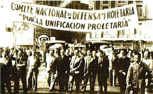 MEXICO. CONGRESO OBRERO COVOCADO POR LA FEDERACION DE SINDICATOS DEL DISTRITO FEDERAL. Fotografía recuperada de: https://tomsil.wordpress.com/sindicalismo-en-mexico/