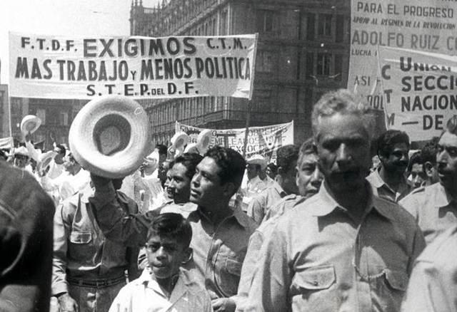 MEXICO. CONGRESO OBRERO. EL DERECHO A LA LIBRE ASOCIACION. Fotografía recuperada de: http://archivo.eluniversal.com.mx/notas/920186.html