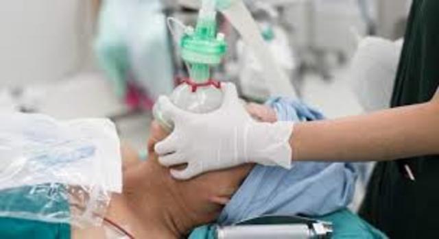 Humphry Davy publica las propiedades anestésicas del óxido nitroso