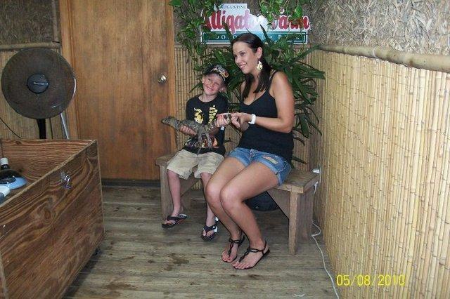 Trip to the Alligator Farm!