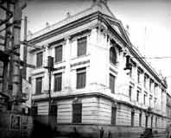 Escuela de Jurisprudencia