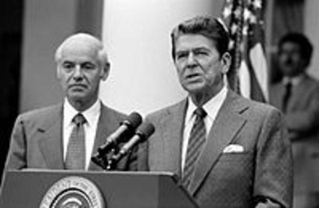 President Reagan breaks air traffic controllers's strike