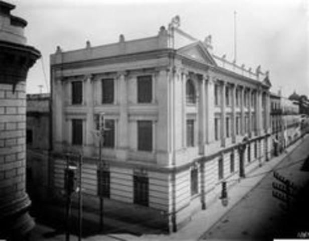 Escuela de Jurisprudencia.