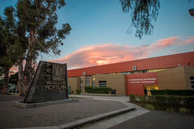 Escuela Nacional de Estudios Profesionales Acatlán.